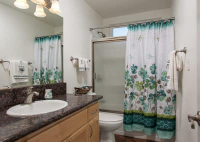 Four Seasons Apartment Homes Bathroom